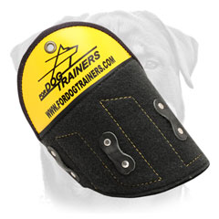Quality shoulder protector for safe Rottweiler bite training