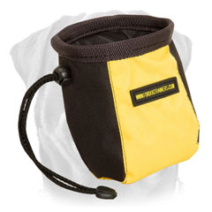 Rottweiler     professional treat bag with pull-cord