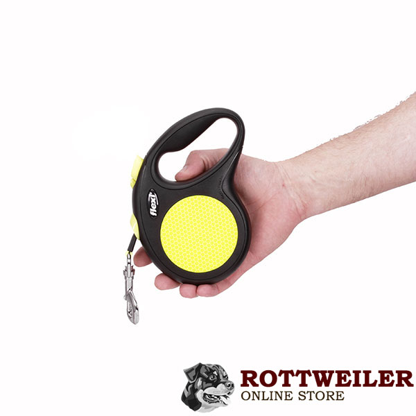 Daily Use Retractable Leash Neon Design for Total Comfort