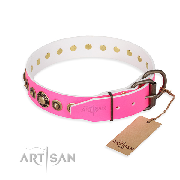 Top rate genuine leather dog collar handcrafted for easy wearing