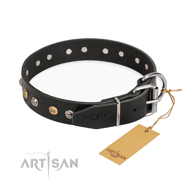 Flexible genuine leather dog collar handcrafted for handy use