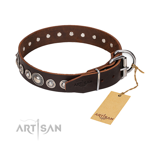 Leather dog collar made of best quality material with reliable hardware