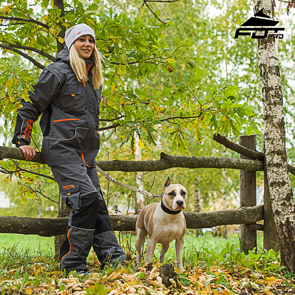 Convenient Side Pockets on Unisex Design Pants for Active Dog Training